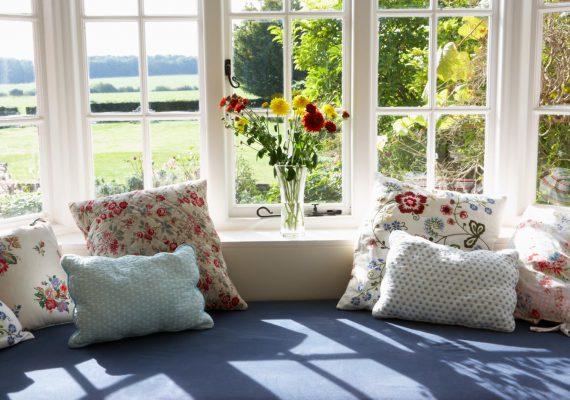 Cách tạo sinh khí cho ngôi nhà vào mùa xuân